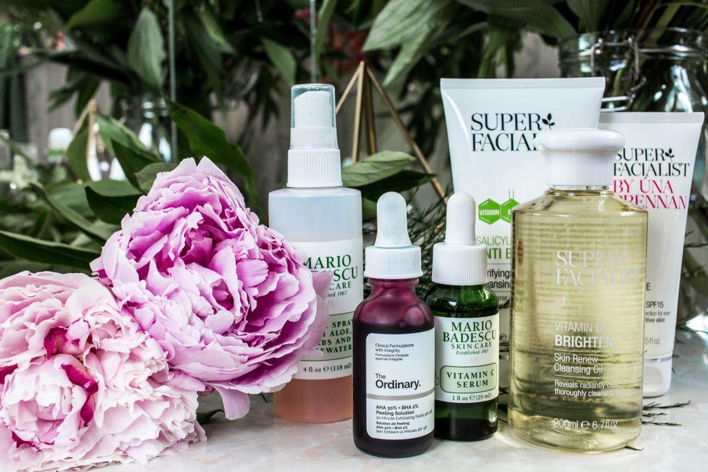 de juiste volgorde van huidverzorging